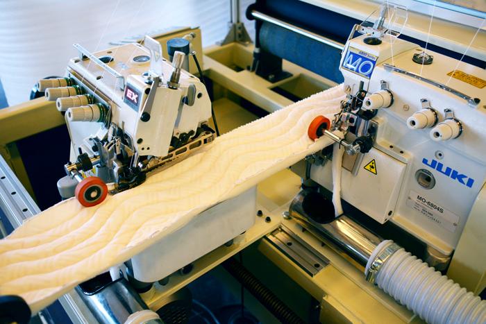 JUKI sewing head on SKB double serging machine.JPG
